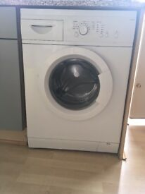 Washing machine, few years old. Good working condition