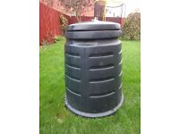 COMPOSTER 220L good condition