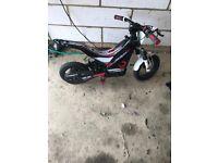 Oset 12.5 electric motorbike