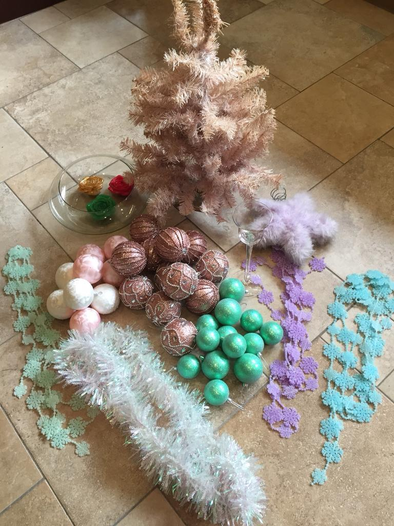 Box Of Christmas Decorations - (45 Items) -
