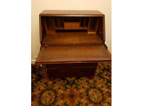 Bureau miniature office with drawers in solid wood, retro furniture for vintage Fans