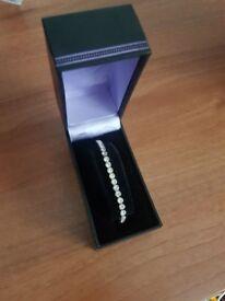 Brand New Diamante Elasticated Bangle