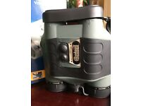 Bushnell Night Vision binoculars 2.5 x 42