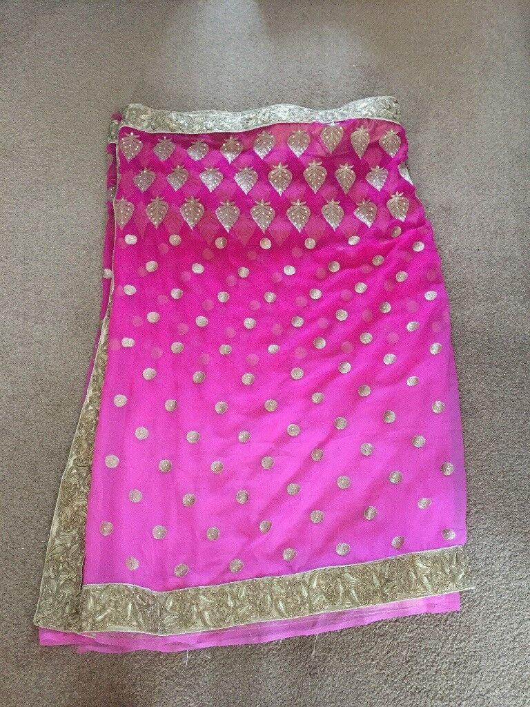 Pink ambre saree with petticoat