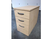 Office Furniture - Desks & side cabinets/ drawers £15 each used but great condition