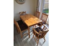 Rustic farmouse table and chairs