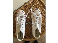 White new converse