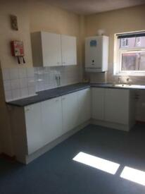 2 bedroom flat to rent in llanelli