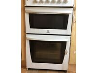 INDESIT Free standing gas cooker with oven and grill