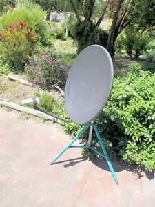Portable satelite tv kit. Girrawheen Wanneroo Area Preview