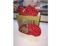 Brand new unworn Toms shoes size 3