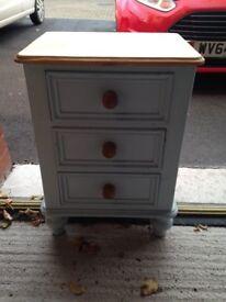 Bedside Draws / Cabinet for Sale