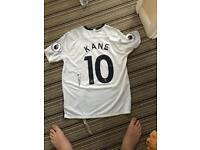 Signed harry Kane shirt