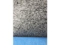 ❗️Brand new carpet roll end for Sale❗️ 2.5m x 4m (8.2ft X 13ft) Grey