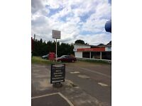 Car sales site with Showroom to rent
