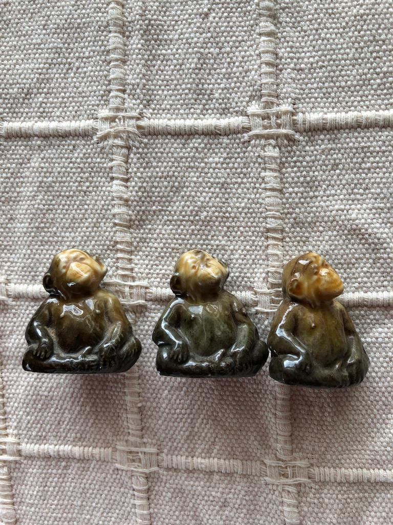 Wade miniatures x 4