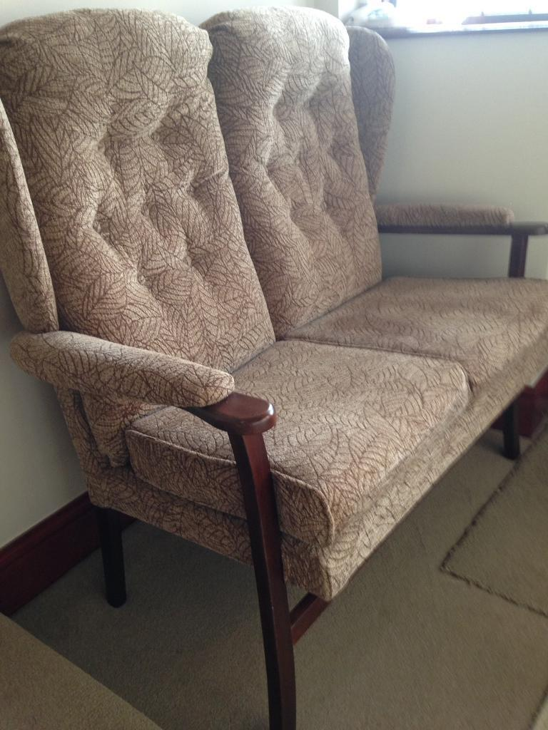 £99 this lovely cottage style sofa and chair in very good condition can deliver