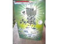 A TOY ARMY LOOKOUT TOWER INCLUDEING FIGURES MINT BOXED