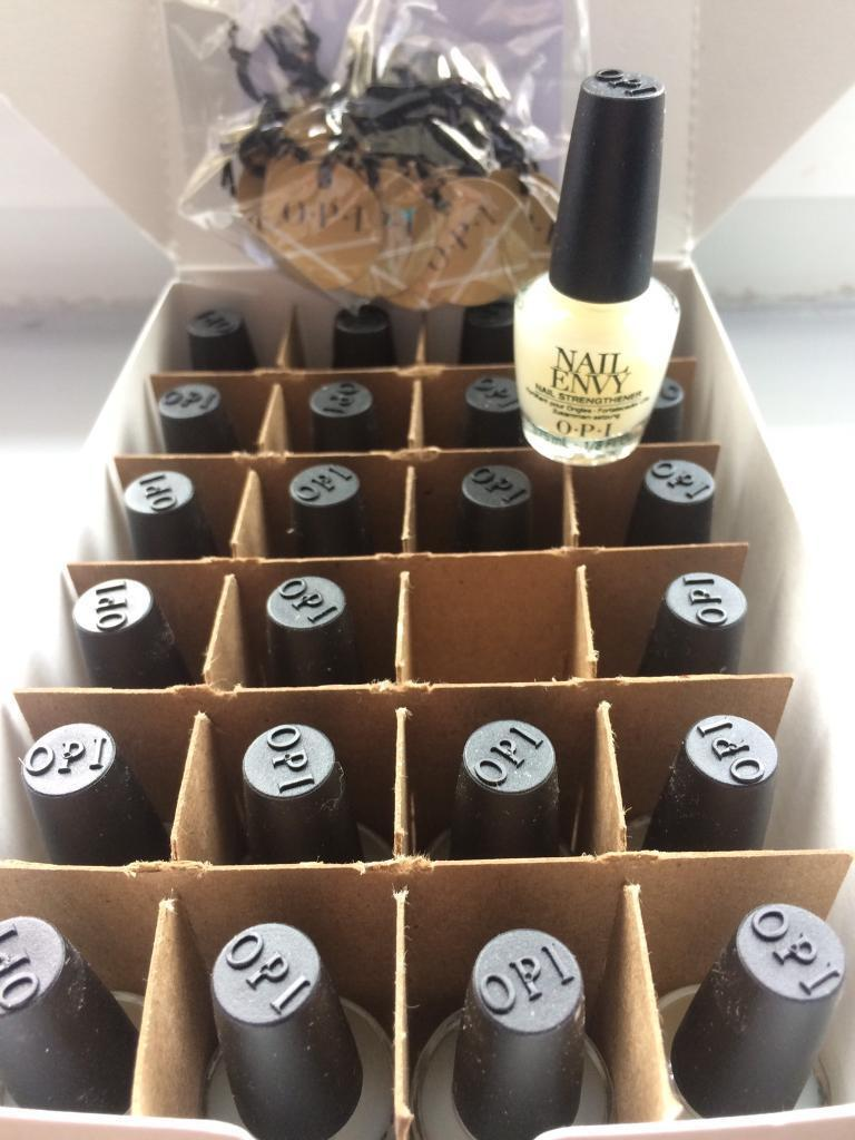 OPI mini envy box of 24 3.7ml treats