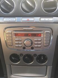 Genuine Ford stereo with build in Bluetooth hands free £40 ono