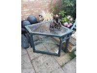 classic styled garden corner table