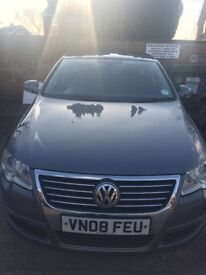 sell my VW Passat car Excellent condition inside and outside very clean。 No scratches