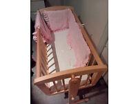Swing / swinging/ rocking / baby crib - Mothercare