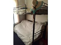 Very good condition triple bunk bed