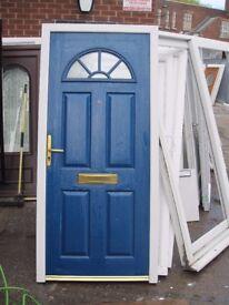 940 x 2060 Composite front door (USED)