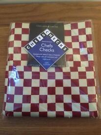 New Lakeland 'Chef's Checks' Apron