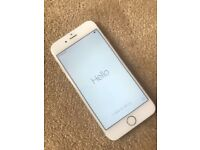 Iphone 6 , 16 GB , UNLOCKED To all networks MINT CONDITION