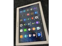 WHITE LENOVO BUSINESS TAB 2 MINT AND A10-30 HD AND 10.1 INCH TABLET 2016 16GB