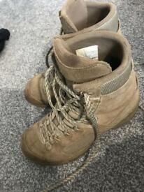 Lowa army boots