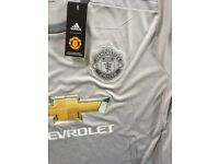 Manchester united 3rd shirt, new with tags