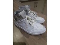 Nike Air Jordan trainers UK size 7 eur 41. Hardly worn