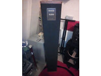 SINGLE Tannoy VLS 50 floorstanding speaker, working well, wired, good condition, audiophile sound