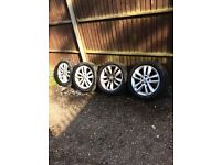 """Vauxhall vectra / Zafira / Astra 5 stud 17"""" alloys with tyres 07594145438"""
