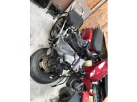 2002 Yamaha r1 5 just main frame with rear swing arm v5 logbook ect