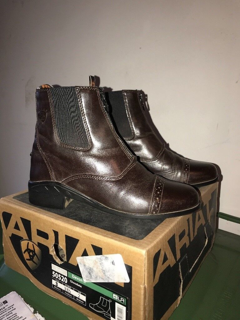 Ariat Junior Leather Riding Boots, size 2.