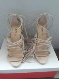 Brand new just fab shoes size 3.5