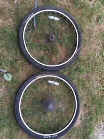 "26"" MTB wheelset 6 bolt disk with 9 speed cassette"