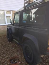 Land Rover 90 2.5 petrol