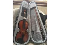 Quarter size violin