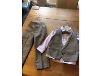 Next boys Suit aged 2-3