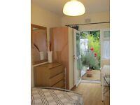 BEAUTIFUL 1 BED STUDIO FLAT- LOVELY!!!!!!! MUST SEEN IT!