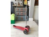 Micro Scooter, Red, Used, collect from East London, £10 (pls check photos & description carefully)
