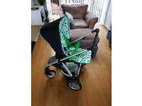 Mamas and Papas Sola Pram and Accessories Inc Car Seat and 2 Bases
