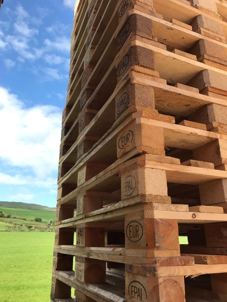 Pallets for Salein Ballynahinch, County DownGumtree - Range of Pallets for sale Euro Pallets 120x80 Grade A,B & C Range from £3.50 £9Standard Pallets 120x100 Range from £3 £6Other sizes available ring for availability/prices.Can delivery