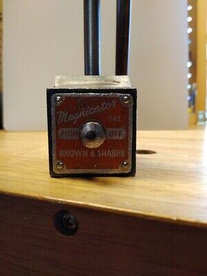 Vtg Brown Sharpe 742 Magnetic Base W Dial Indicator Gauge 9 Surface Scribe