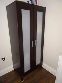 wardrobe for sale, I can help with transport and installation localy
